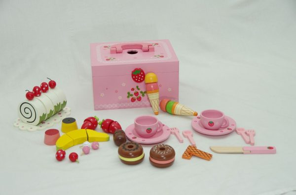 mother garten confectionary 600x397 - Mother garden children's playhouse strawberry delicious cake afternoon tea groups wooden toy set