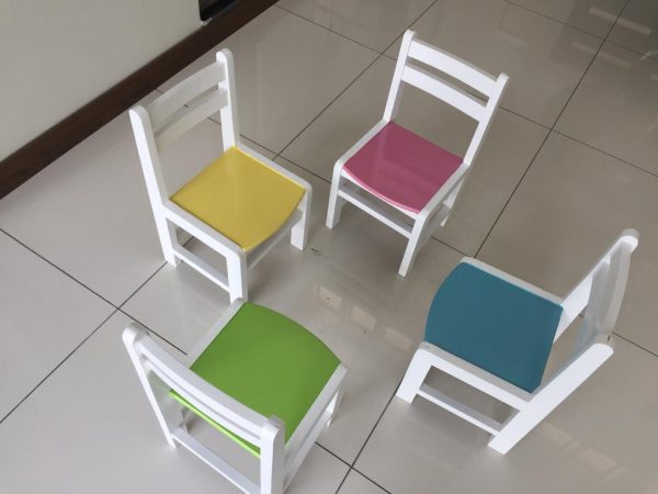 WhatsApp Image 2018 10 29 at 9.03.39 PM 600x450 - wooden kinder chair
