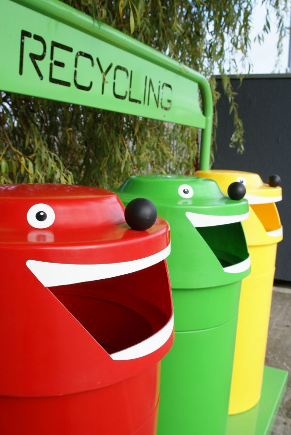 face unit 600x896 - Happy face unit Recycling Bins ( set of 3)