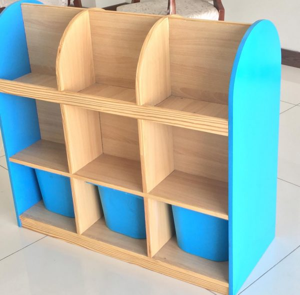 33c0ba0a 7477 4207 9e9d 06da88136093 600x590 - Bubblegum Book shelf with 6 deep storage tubs